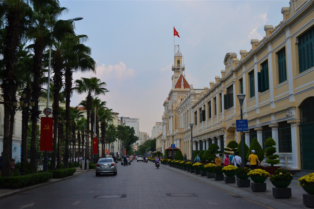 A city marked by war: Ho Chi Minh-Marsontheroad.com